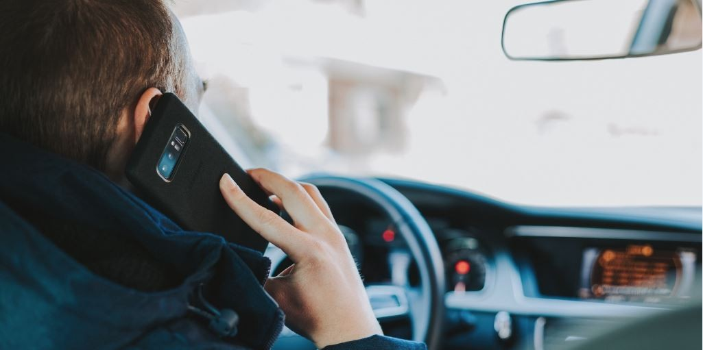 Ontario's New Distracted Driving Laws - Effective Jan. 1, 2019